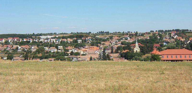 800px-Berkenye_falu_látképe