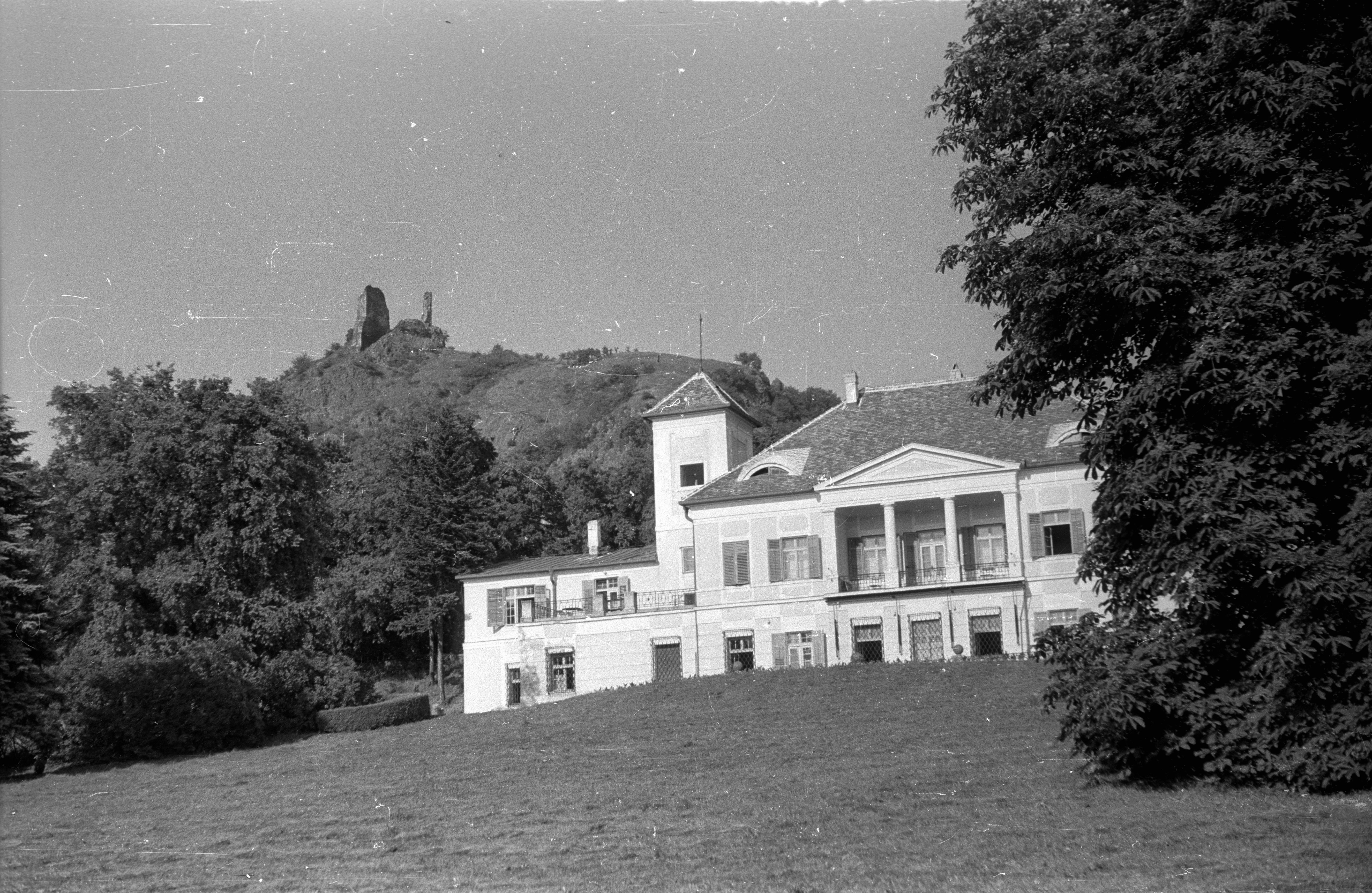 Ahol a múzsák nyaralnak: Szigligeti Alkotóház