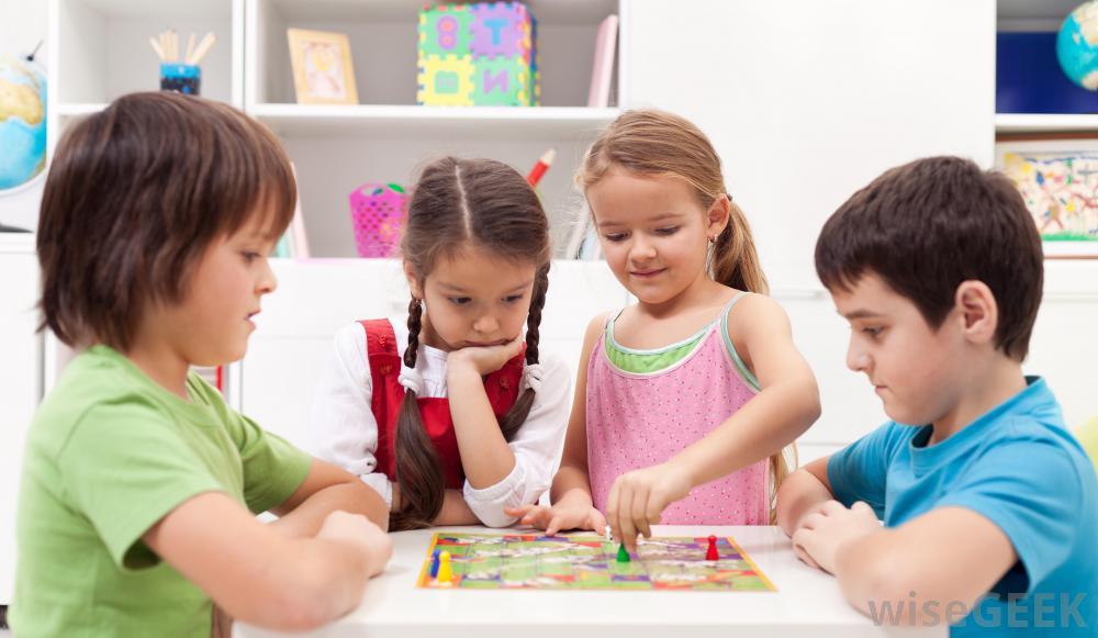 Versengeni tanítsuk a gyerekeinket vagy együttműködni?